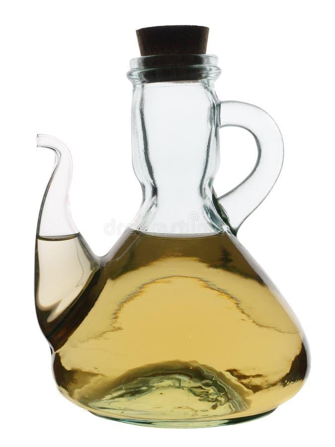Glaskrug mit weißem Weinessig stockfoto