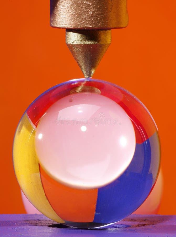 Glaskugeln unter Druck lizenzfreie stockbilder