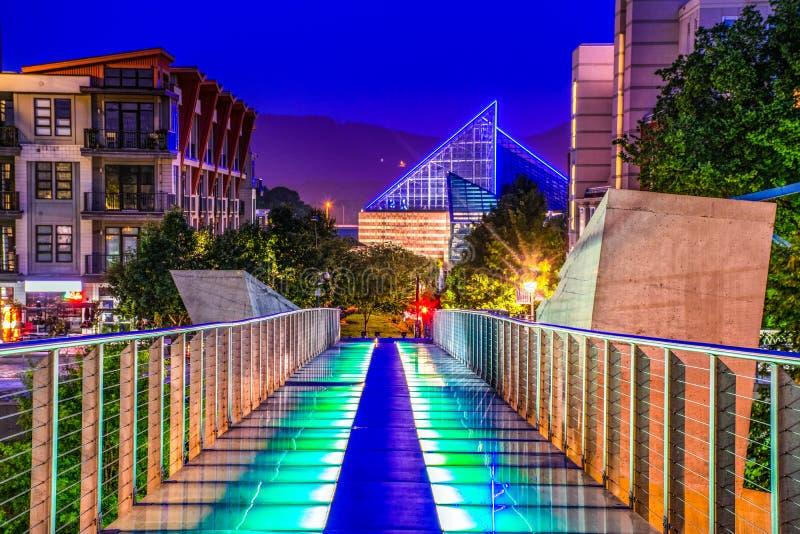 Glass bro i i stadens centrum Chattanooga Tennessee TN arkivfoto