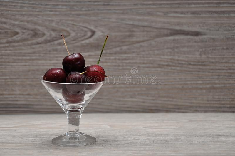 glass bunkeCherry arkivfoton