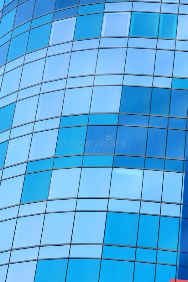 glass fönster för blåaktig byggnad royaltyfria foton