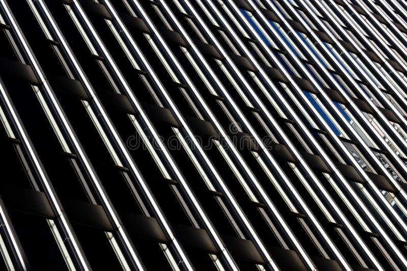 glass modern kontorsreflexion för byggnad arkivbilder