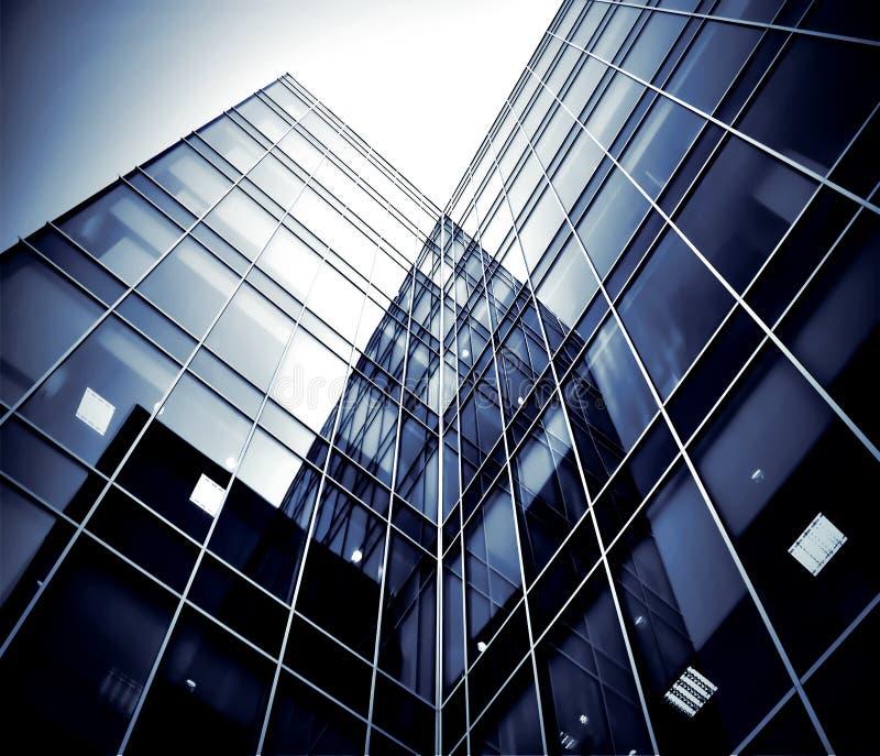 glass moderna silhouettesskyskrapor arkivbild