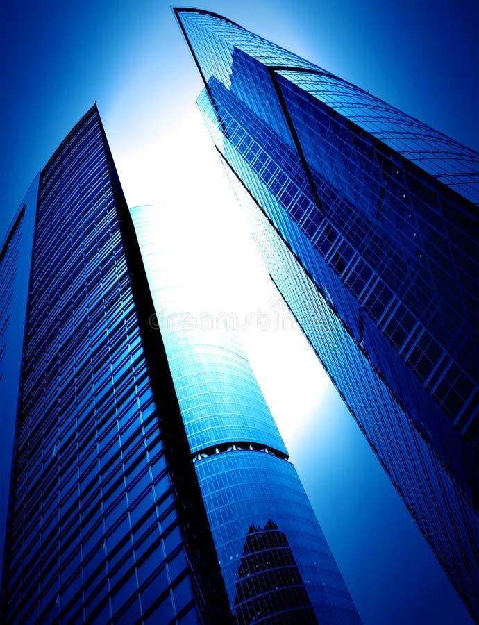 glass moderna silhouettesskyskrapor royaltyfria foton