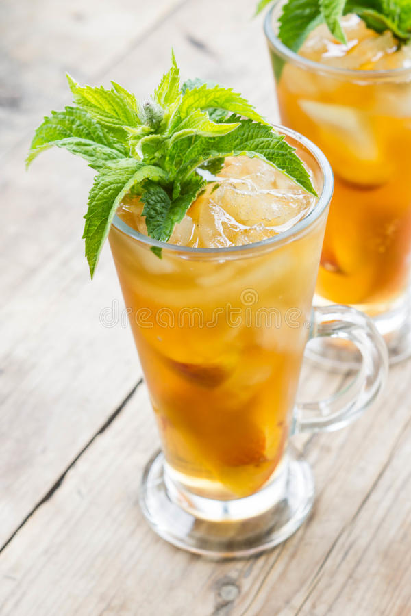 Free Glass Of Sweet Peach Iced Tea Royalty Free Stock Images - 57143169