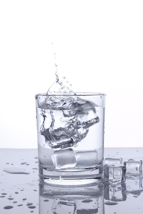 Glass plaska för is royaltyfri foto