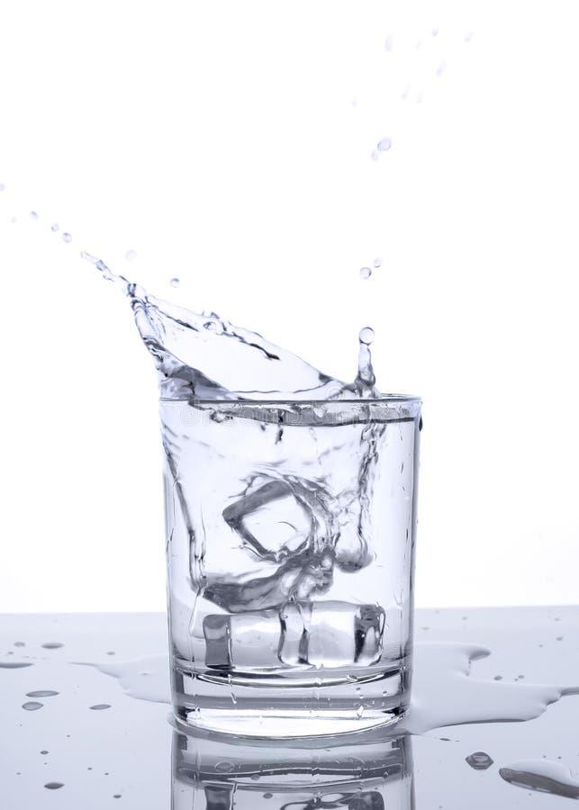 Glass plaska för is arkivfoto