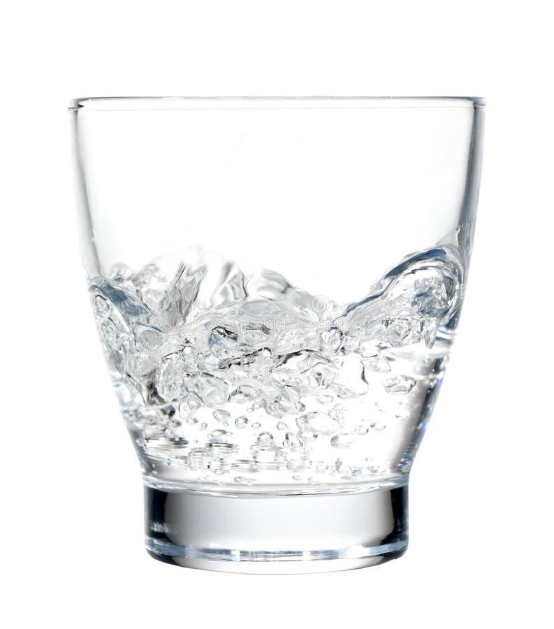 glass vatten för stormstromteacup royaltyfria bilder