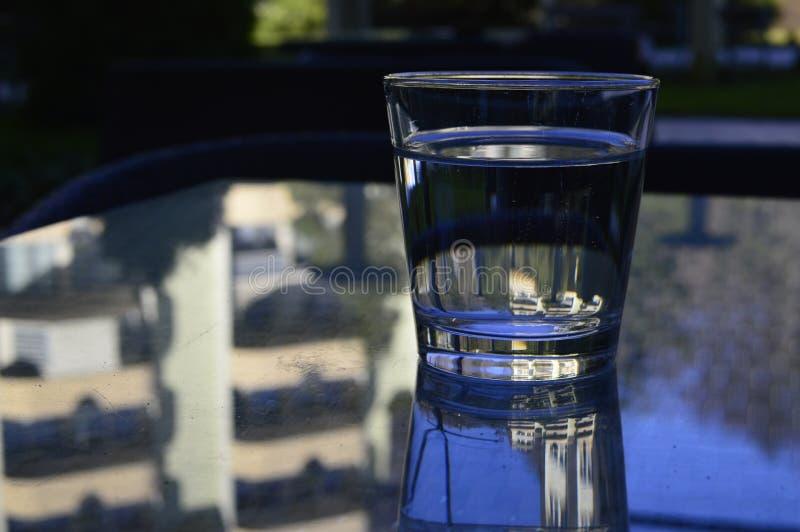 glass vattenwine royaltyfri bild
