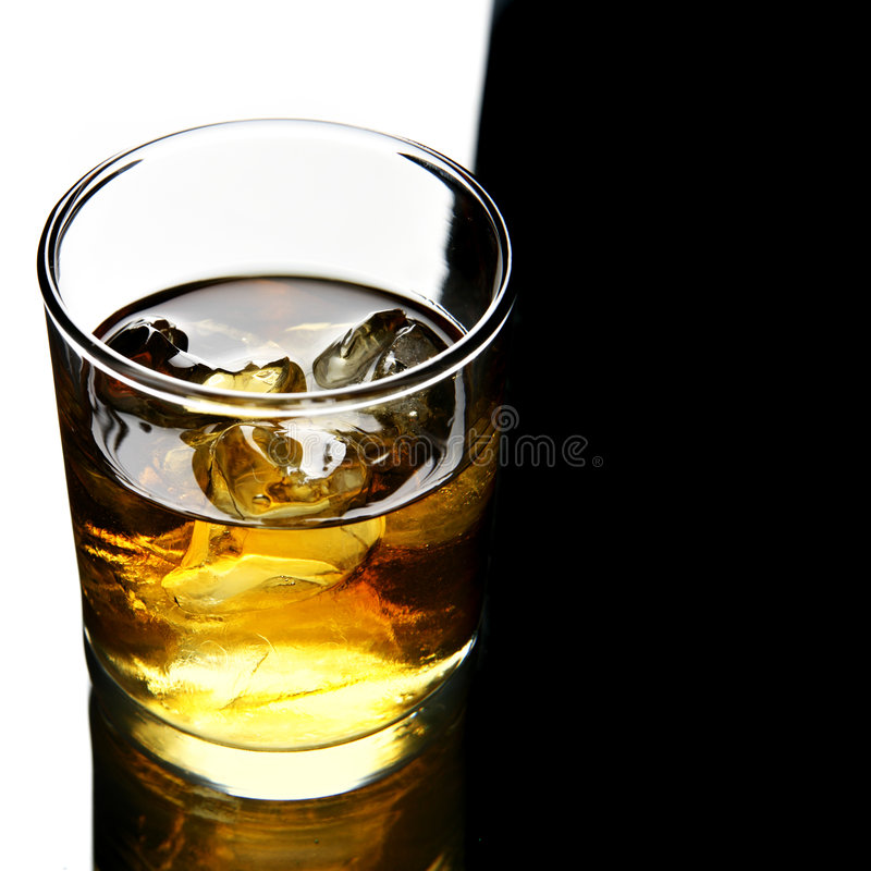 glass whisky arkivfoto