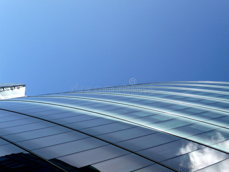 Free Glass Windows On Modern Building 3 Stock Photography - 6162762