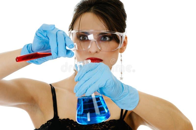glassware piękna chemiczna kobieta obrazy stock