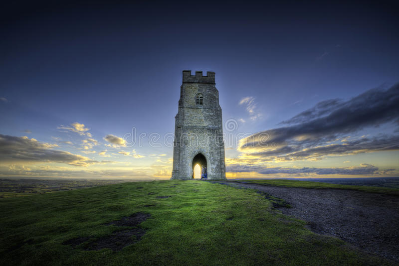 glastonbury tor royaltyfria foton