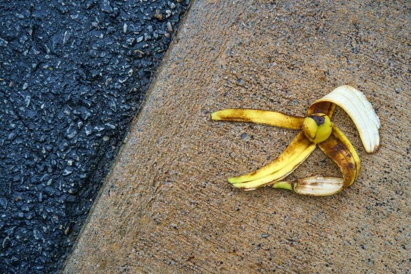 Glatte Komödien-Bananen-Schale stockfotos