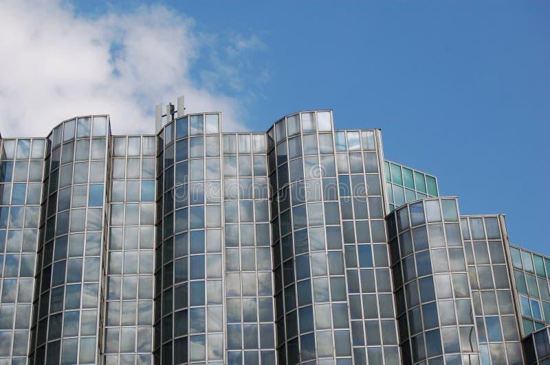 Glattes Gebäude   lizenzfreie stockfotos