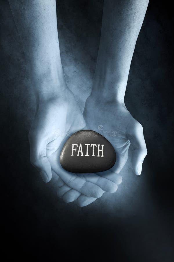 Glauben-Felsen-Religions-Hintergrund lizenzfreies stockbild