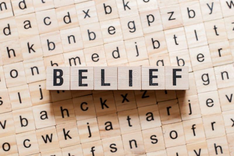 Glaubenswortkonzept lizenzfreies stockfoto
