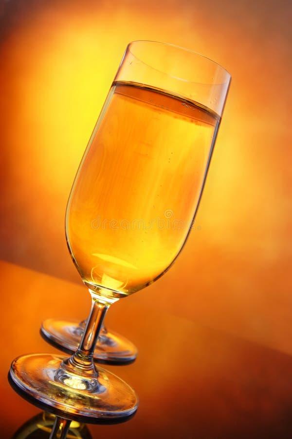 Glazen cider stock afbeelding