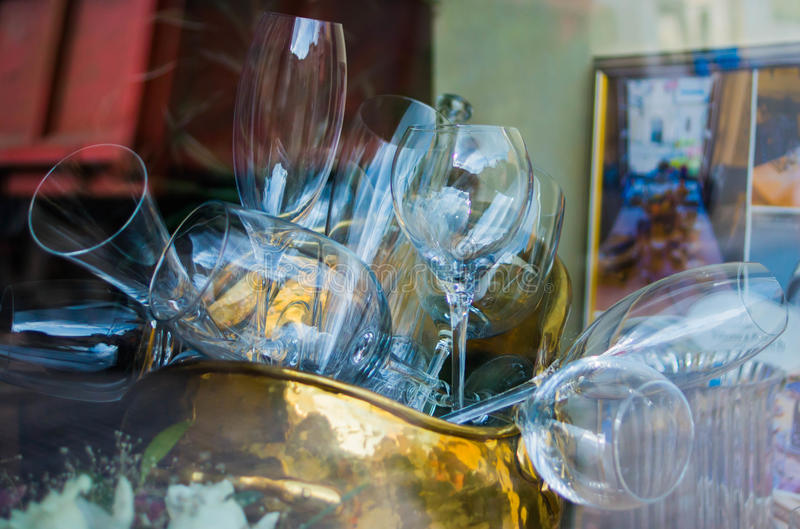 Glazen in restaurant stock foto