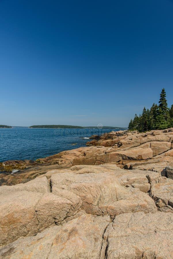 Gleczeru granitu skały Różowe cegiełki opuszczali od ostatniej epoki lodowcowej obrazy royalty free