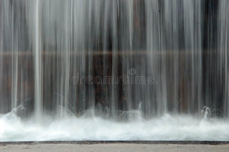 Gleichstrom-Wasserfall lizenzfreie stockfotografie