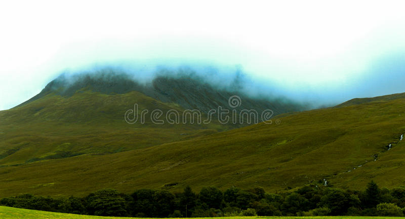 Glen εύθραυστος, νησί της Skye στοκ εικόνα