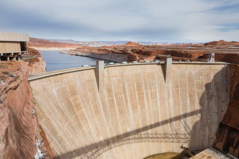 Glen Canyon Dam op een mooie dag stock fotografie