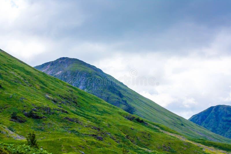 Glencoe, montagnes des montagnes vue panoramique, écossais Higlands, Ecosse, R-U de région, de l'Ecosse Glencoe ou de Glen Coe images stock