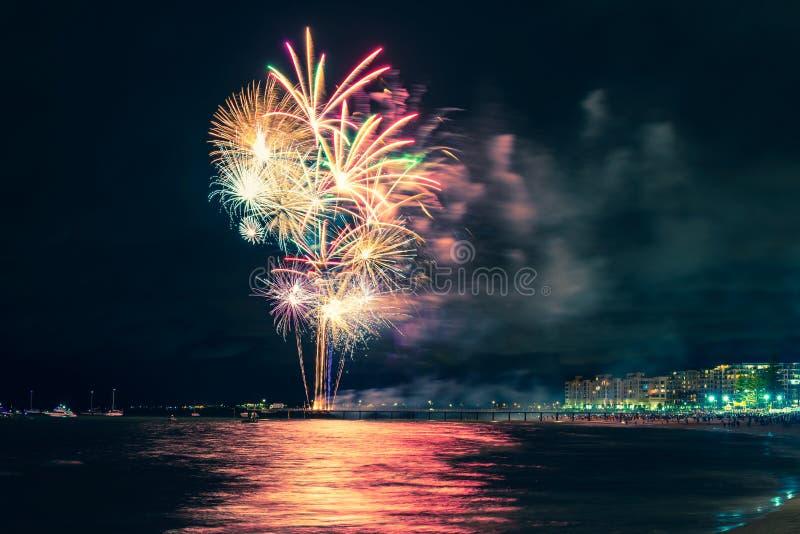Glenelg plaży nowego roku fajerwerki fotografia stock
