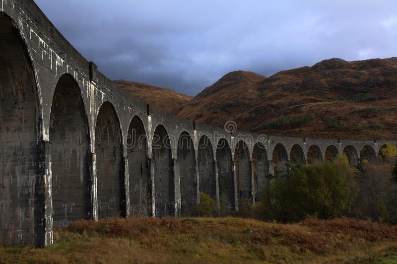 Glenfinnan-Viadukt im Herbst stockbild
