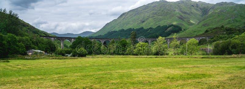 Glenfinnan-Viadukt, populäre Brücke, Schottland, Großbritannien lizenzfreie stockbilder