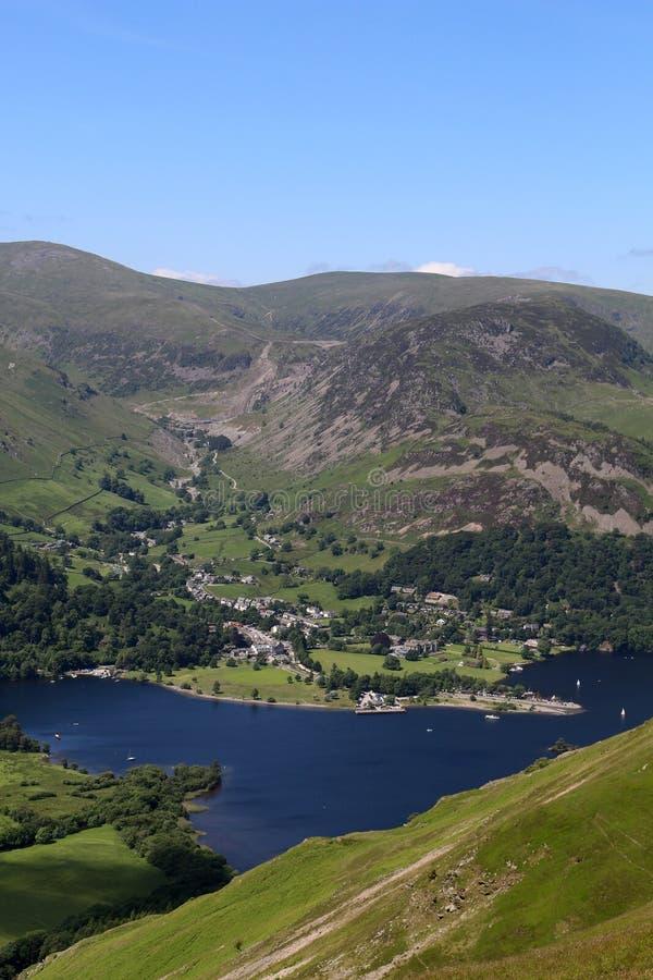 Glenridding和阿尔斯沃特湖从地方下跌, Cumbria 库存图片