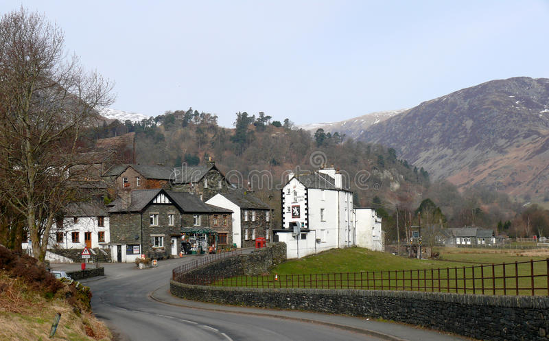 Download Glenridding Au Secteur De Lac, Cumbria, Angleterre R-U Image stock éditorial - Image du district, stationnement: 56486889