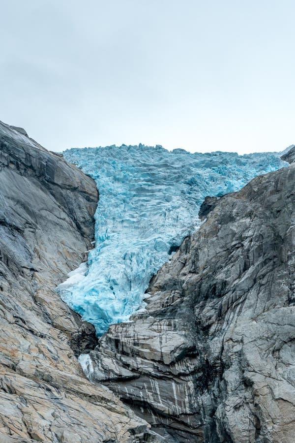 Gletscher, der kleiner und kleiner erhält lizenzfreies stockfoto