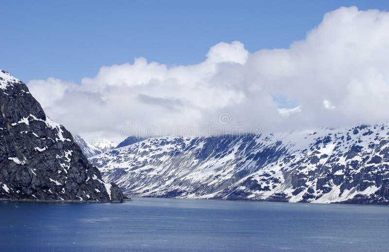 Gletscher-Schacht lizenzfreie stockbilder