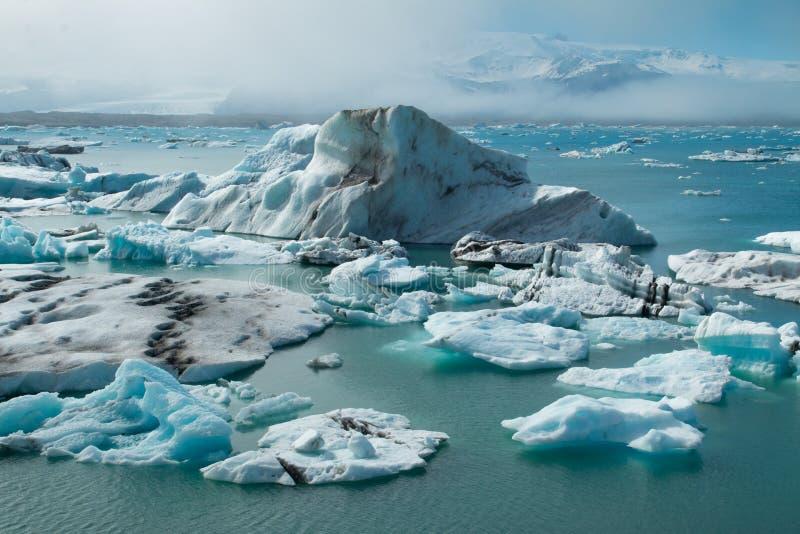 Download Gletscherlagune stockbild. Bild von schnee, kalt, rollen - 96931361