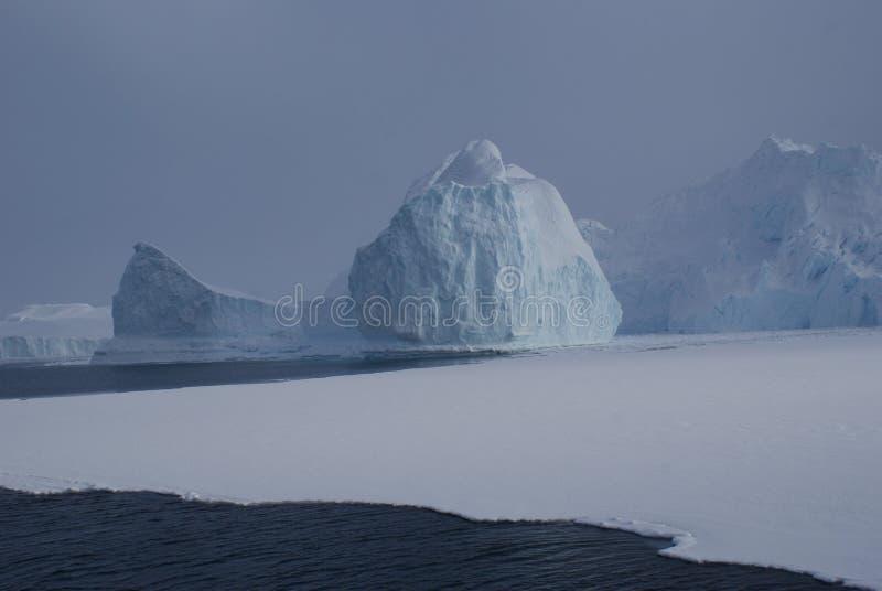 Gletsjers in Disko-Baai, Groenland royalty-vrije stock foto's