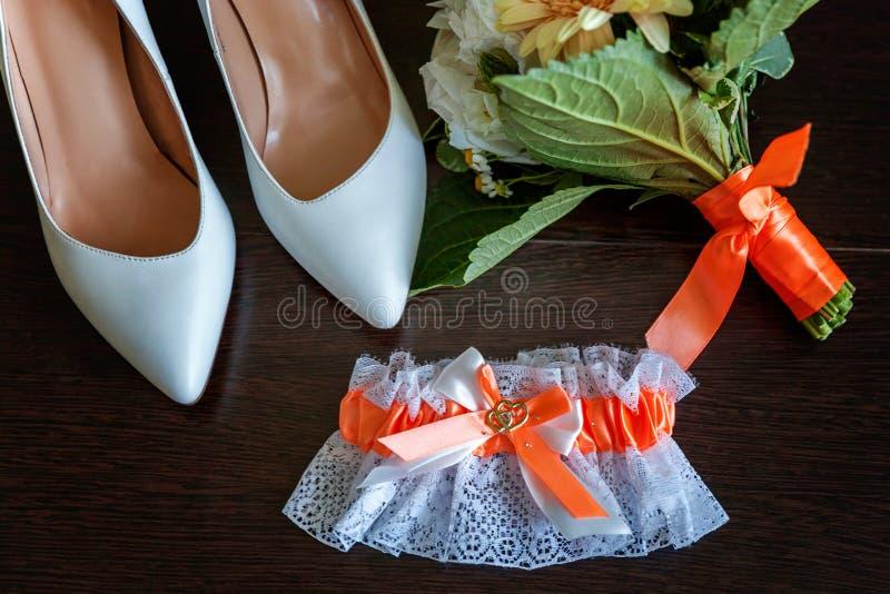 Gli accessori di nozze si chiudono su immagini stock