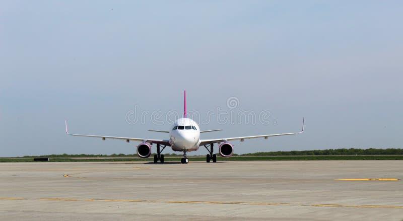 Gli aeroplani anteriori fotografia stock