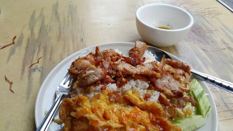 Gli alimenti tailandesi popolari della via immagine stock libera da diritti