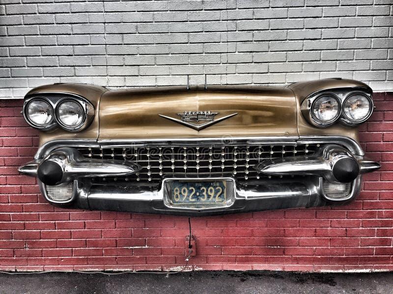 gli anni 50 Cadillac fotografia stock libera da diritti