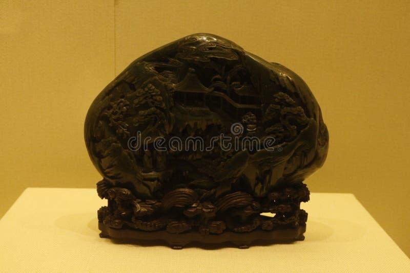 Gli ornamenti neri della giada nel museo del palazzo di Shenyang, Cina fotografie stock