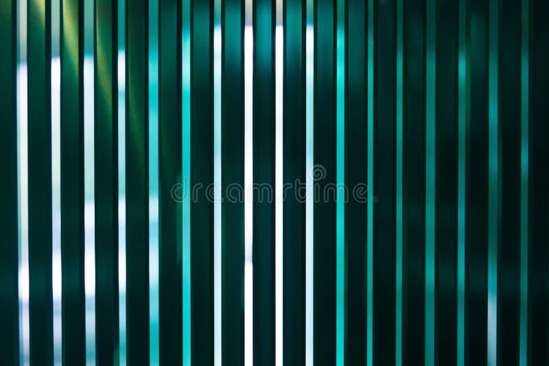 Gli strati pannelli temperati fabbricazione del vetro 'float' della fabbrica di chiari hanno tagliato per graduare immagini stock libere da diritti