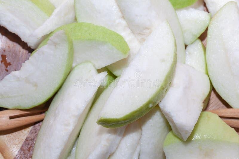 Glidbana av thailändsk frukt för guava royaltyfria foton