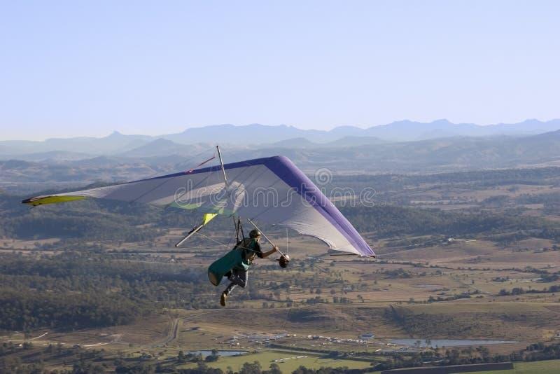 Download Glidflygplanhang fotografering för bildbyråer. Bild av bakland - 980619