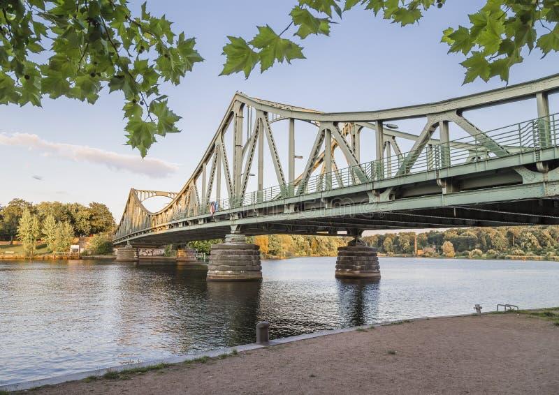 Glienicke bro arkivbild