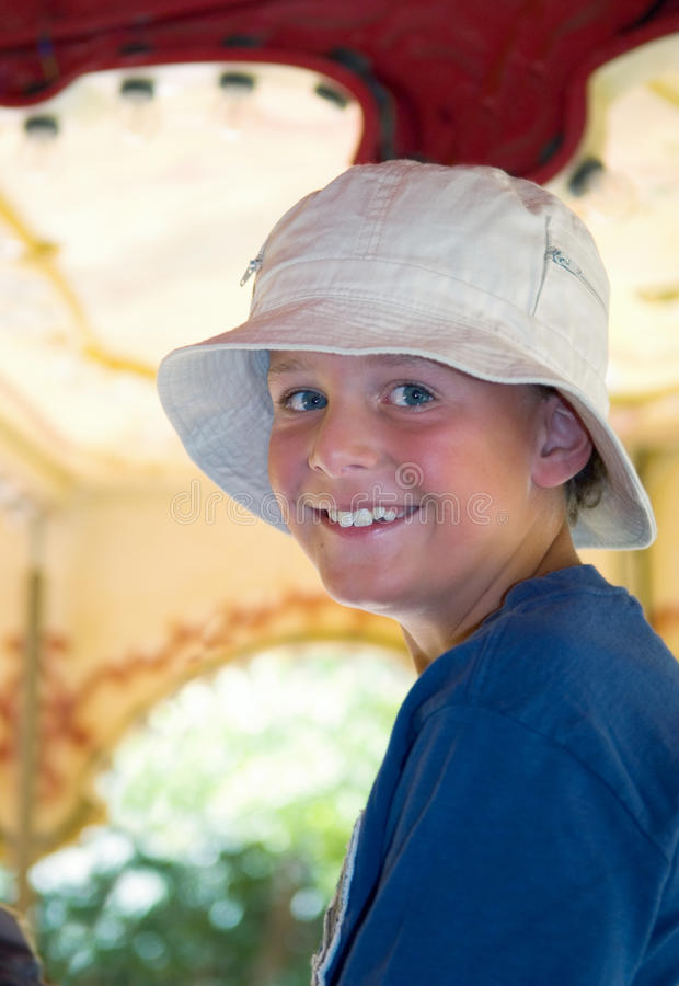 Glimlachend Jong geitje stock afbeelding
