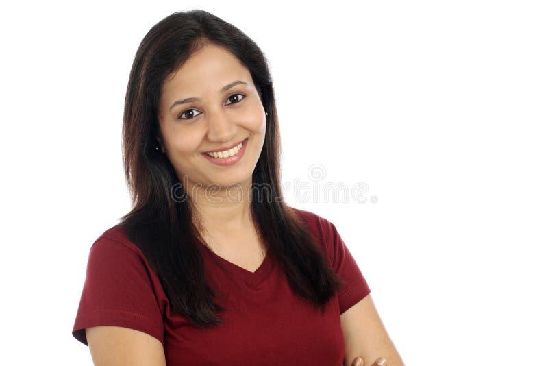 Glimlachend jong Indisch meisje stock fotografie