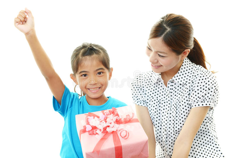 Glimlachend kind met moeder royalty-vrije stock foto