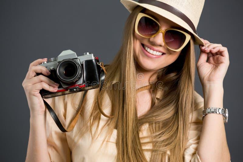 Glimlachend toeristenmeisje royalty-vrije stock foto
